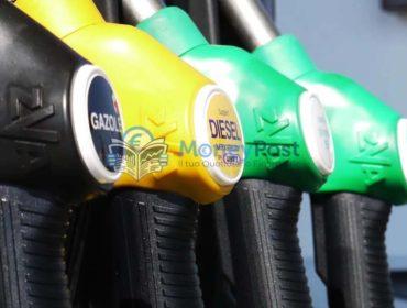 Fatturazione elettronica carburanti proroga: come funziona? Requisiti e obblighi