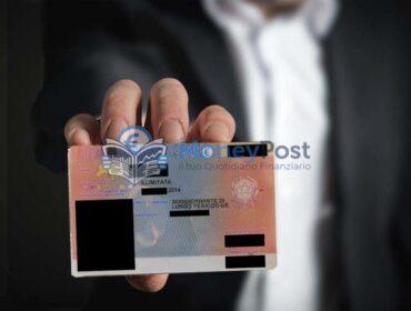 Reddito per carta di soggiorno: cos'è, a chi si rivolge e requisiti per richiederlo